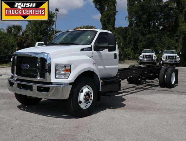 2022 Ford F-750