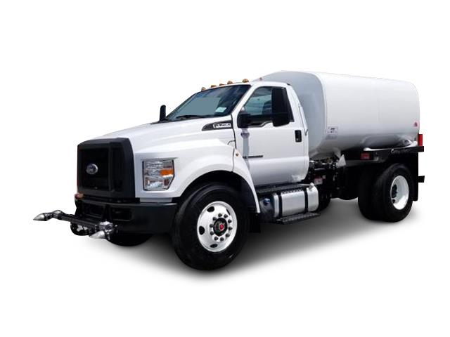 2019 Ford F-750 - Curry Supply Water Tank